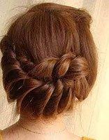 头发少的长发适合什么发型 长头发+发丝少的各种发型扎法步骤
