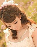 矮个子适合的梳公主头发型 矮个子女生发饰哪种好看