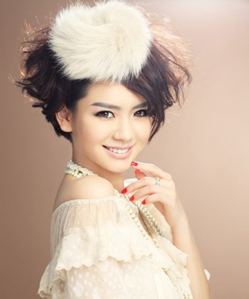 长方形脸适合什么短发 方形脸女子的短发发型