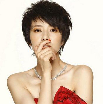 长方脸女星短发发型 长方脸型适合的短发发型