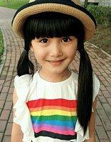长发女童可以梳的发型 小女孩梳头发型