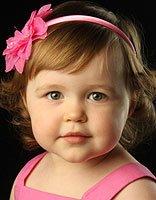 三岁幼儿天生卷发怎么梳好看 利用卷发器怎么给孩子梳头好看
