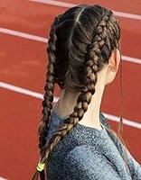 秋冬季节如何扎蝎子辫 秋冬季节的扎发发型