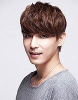 2017流行韩国明星男式美发图片 韩国男明星发型