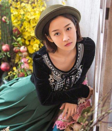刘美含出演漫画女一号 可有一丝二次元可爱气息