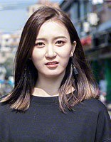 吴哲晗扮酷职场发型 穿搭还需发型来完善