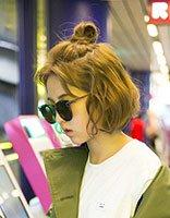 张子枫启程巴黎时装周 时尚发型成为最大闪烁点