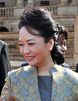 春天女人适合的发型打造 最炫民族风的头发设计