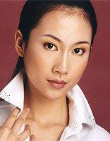 温峥嵘的美若天仙时尚发型 无刘海的造型实在太显气质