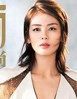 刘涛拍封面剪多层次感头发 中年女性的华丽贵族风发型