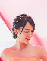 如何打造出扮嫩的盘发造型 让女星陈乔恩来为你示范