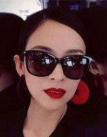 章子怡烈焰红唇超性感 章子怡气质扎发发型超国际范儿