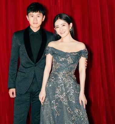 张杰谢娜合体走红毯破离婚传言 谢娜礼服造型原来这么淑女