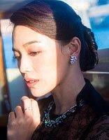 舒淇黑色蕾丝长裙性感撩人 低盘发造型美出新天际