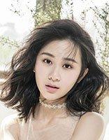 《醉玲珑》刘颖伦古装天真烂漫 繁花长裙+中长发清纯迷人