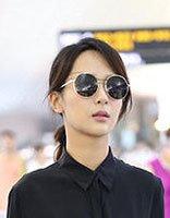 杨紫全黑LOOK变时髦御姐 杨紫轻熟女发型图片