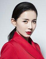 刘敏生日大片凸显女王气场 低马尾扎发+红色西装高冷霸