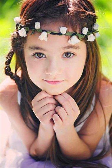 小女生漂亮的头发怎么扎 小女生扎头发的方法图解大全