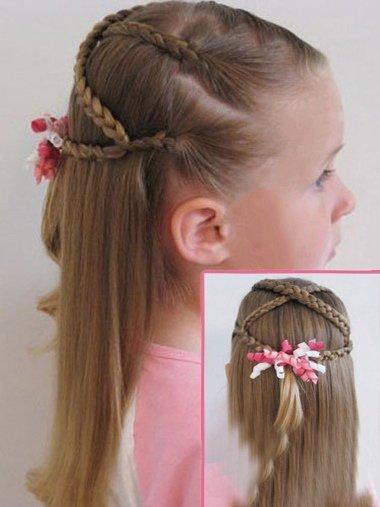 幼儿辫子发型的梳法 如何给幼儿梳发型