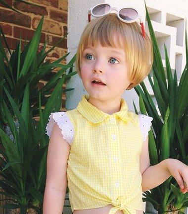 怎么给小女孩梳头更活泼 活泼可爱的小孩头型