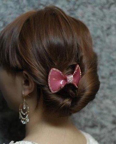 如何梳鸟巢发型 最流行的学生梳头发型