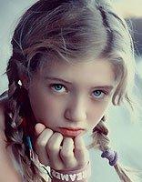 小女孩脸尖适合什么发型 小女孩发型设计与脸型搭配