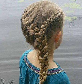 小女孩公主风编辫子发型 小女孩可爱简单编发及图片