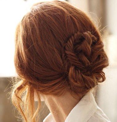 怎么可以盘出美丽的发型 如何编织美丽长发