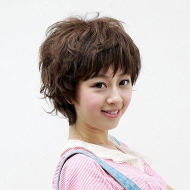 女生内蓬松短发发型 怎么吹蓬松发型