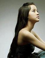 文艺范儿只需要长卷发 欧阳娜娜拉大提琴的发型
