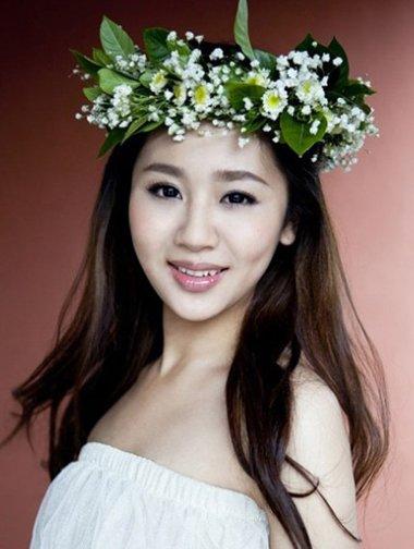童星杨紫褪去青涩成女神 卷发造型美起来不输赵丽颖