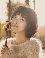 国民媳妇张佳宁短发发型 齐刘海最易衬托一脸正气