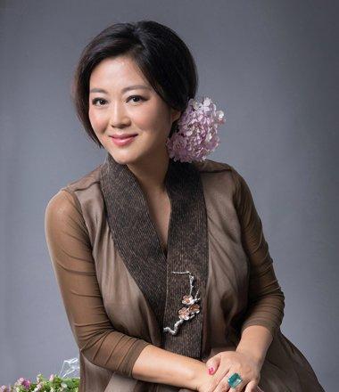 总扮演农村妇女 但王茜华是真美
