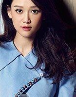 拥有着20岁盛世容颜的陈乔恩 时尚卷发是如此减龄
