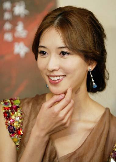 43岁林志玲亮色橘黄发秀起 魅力四射的染发展开