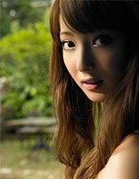 佐佐木希直播宣布结婚 萌发型实在太可爱