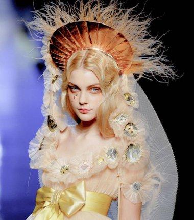 发饰的信仰与风采 Jean Paul Gaultier秀场给你最强震撼