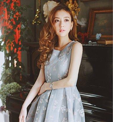 郭富城方媛办婚宴 网红少女最爱某宝裙装造型