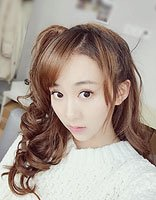 宋欣佳怡可爱扎发发型 日常随扎俏皮甜蜜