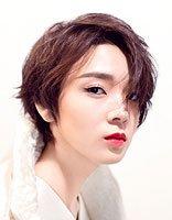陈瑶适合梳长发还是短发 玩酷青春发型集锦