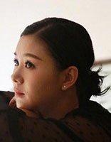 准妈妈李小萌微博晒孕照 梳盘发绝美耀人眼的发型