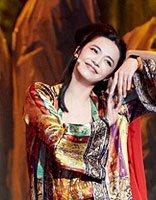 跨界歌手姚晨半扎丸子头 印度版东方不败发型打造