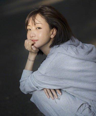 杨蓉也喜欢包脸短发 森女系学生头短直发图片