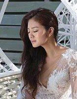 安以轩婚纱美拍发型 新婚后发型更美了