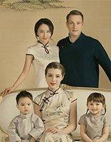 马雅舒带娃拍中国风写真 明星宝宝儿童发型很酷萌