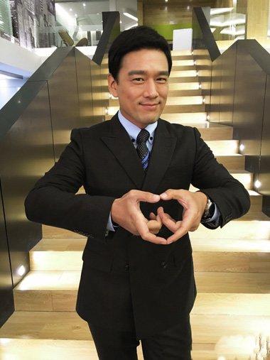 王耀庆的没有刘海短发设计 星味十足的帅气发型打造