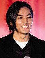 长发帅哥郑伊健受众人追捧 他的潮流发型大盘点