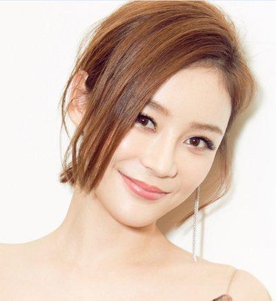 单侧露耳戴耳环别提有多美 变美又显脸小的单侧露耳发型袁珊珊陈妍希都爱