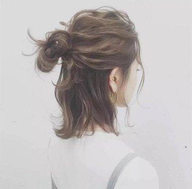 卷发半丸子头图片大全 齐肩发适合的发型
