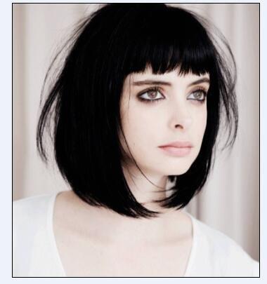 方脸怎样剪二次元刘海 适合于脸型的发型